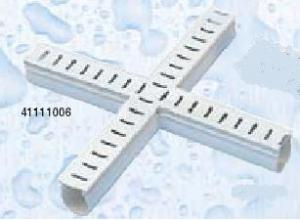 Odvodňovací žlábek s mřížkou (kříž 90°)