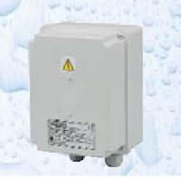 Bezpečnostní transformátor 50 W, 230 V/12 V Bezpečnostní transformátor 50 W, 230 V/12 V